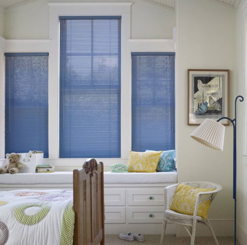 window blinds in popular blue for designer's touch