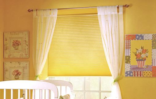window shades in bright yellow for decorative touch